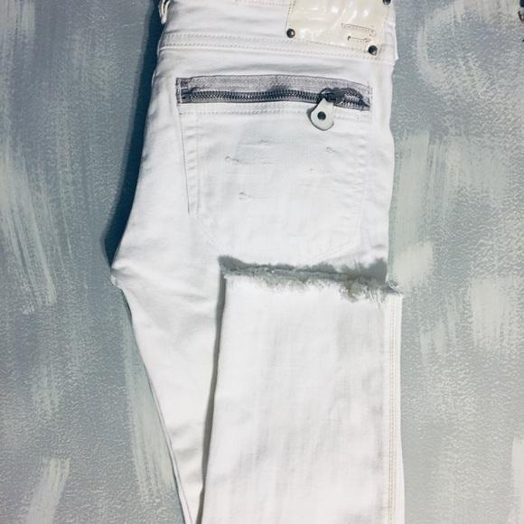 Diesel Denim - 🌻distressed diesel jeans